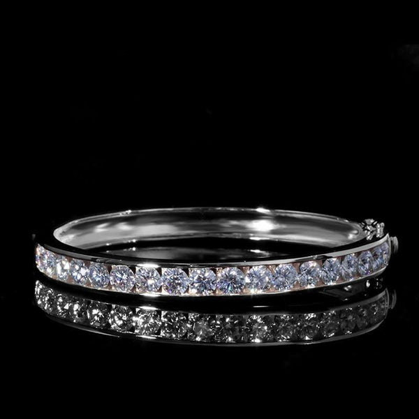 White or Yellow Gold Bangle Moissanite Bracelet 9ct