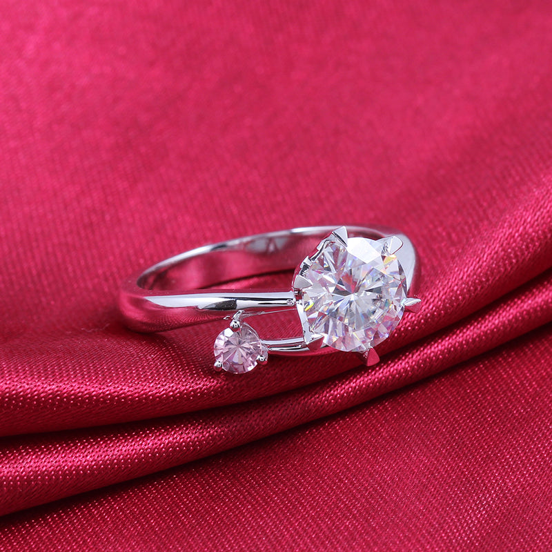 14k White Gold Moissanite Ring 1.5ct Main Stone With Ruby