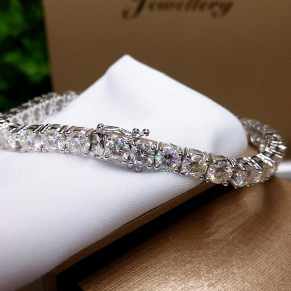 9k White Gold Tennis Moissanite Bracelet 6ct