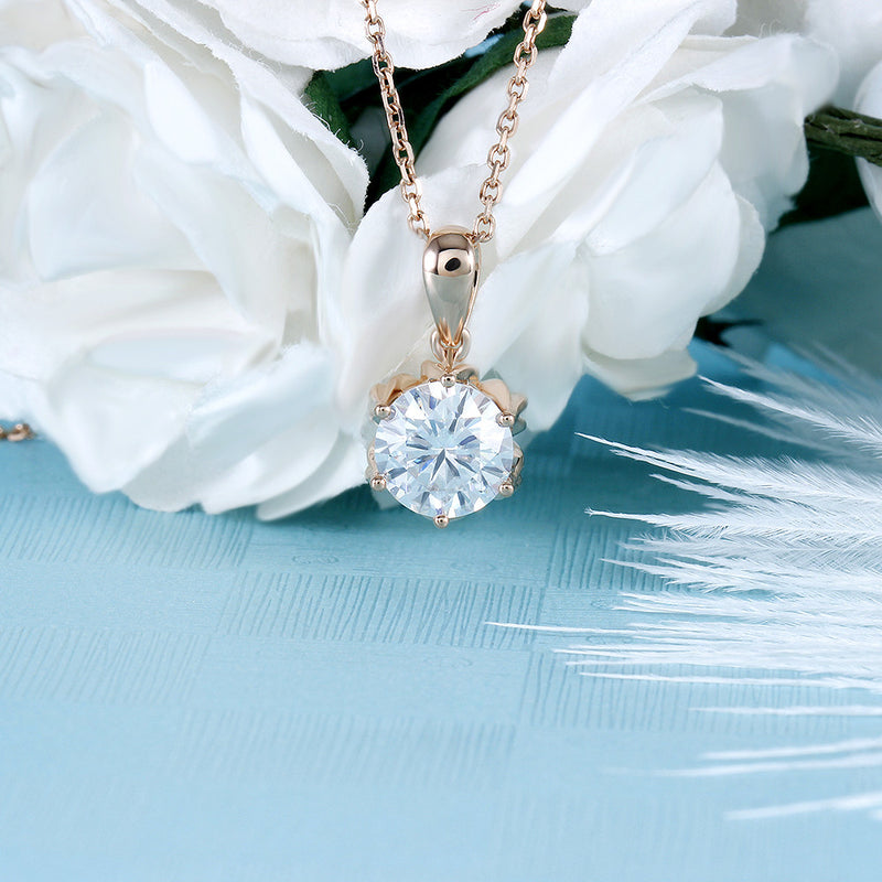 18k Rose Gold Flower Moissanite Necklace 1 Carat