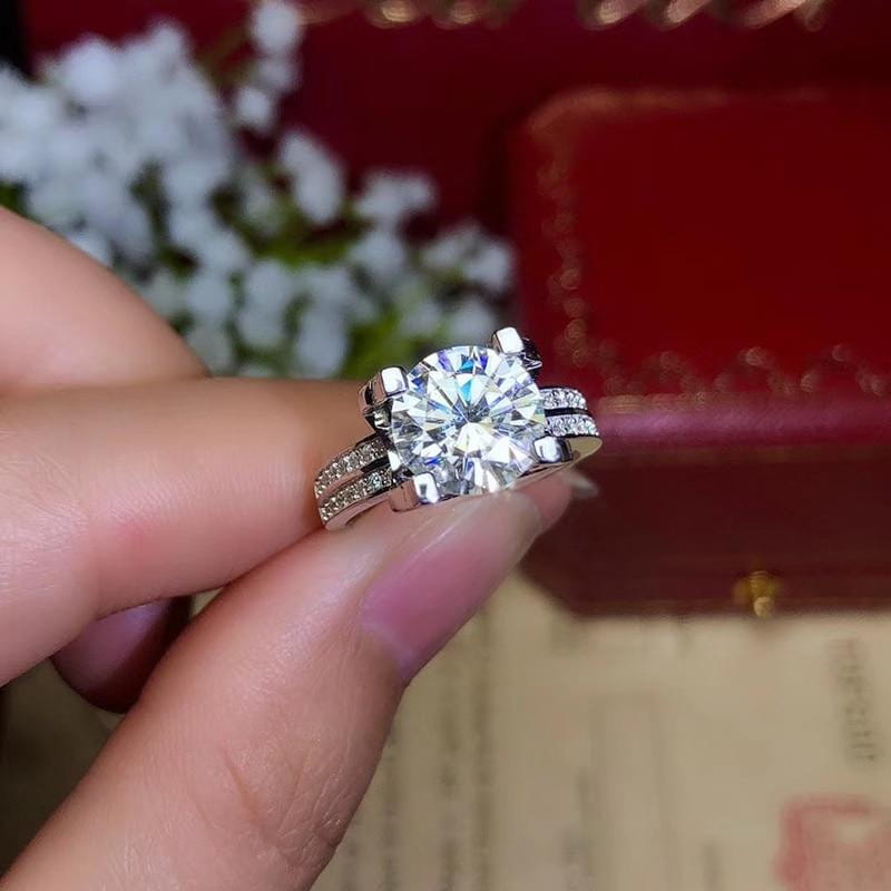 Platinum Plated Silver Moissanite Ring 2ct-3ct Center Stone - Moissanite Engagement Rings & Jewelry | Luxus Moissanite