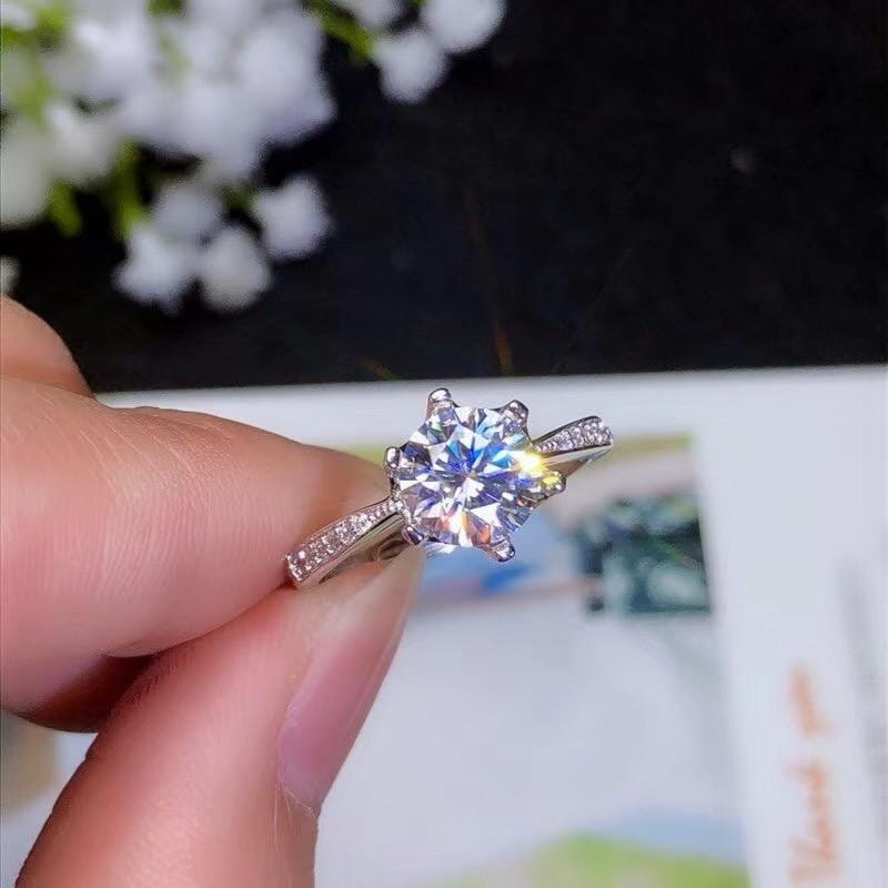 Moissanite Engagment Ring Silver Solitaire 1.2 & 2 Carat Options - Luxus Moissanite Rings & Jewelry