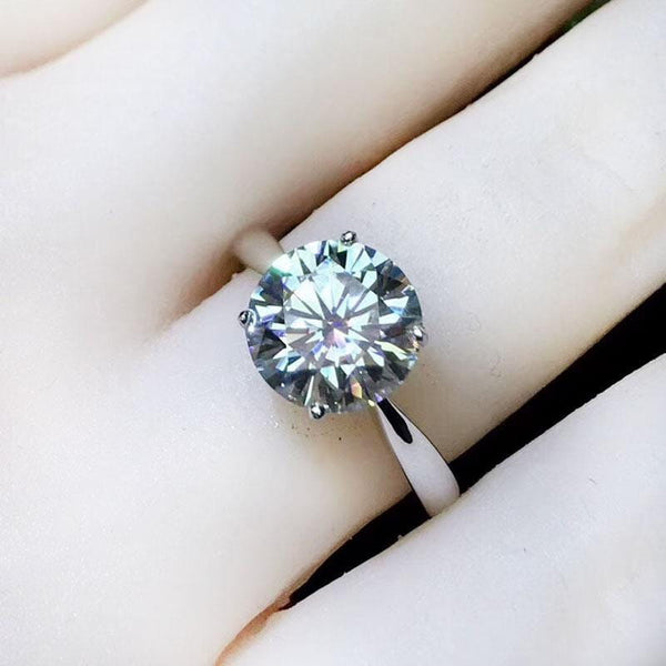 Solitaire Moissanite Engagement Ring 2 Carat, Silver Band - Luxus Moissanite Rings & Jewelry