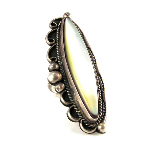 Large Ladies Ring of Silver + Mother of Pearl