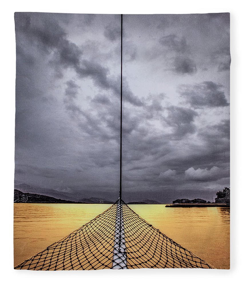 Golden Sail - Blanket - SEVENART STUDIO