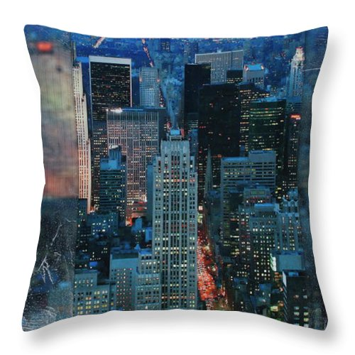 Manhattan At Night - Throw Pillow - SEVENART STUDIO