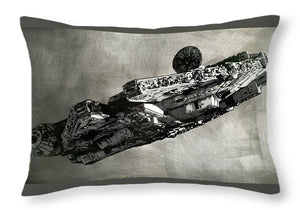 Millinneum Falcon - Throw Pillow - SEVENART STUDIO