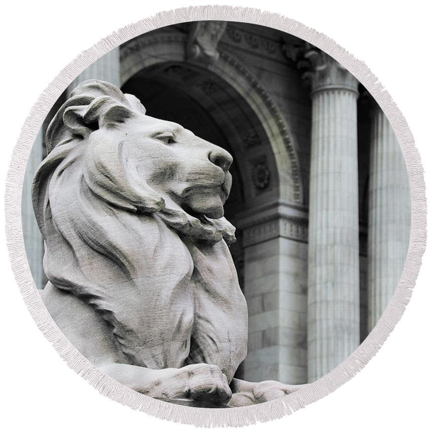 New York Lion - Round Beach Towel - SEVENART STUDIO