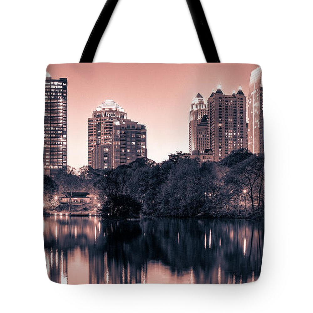 Reflecting Atlanta - Tote Bag - SEVENART STUDIO