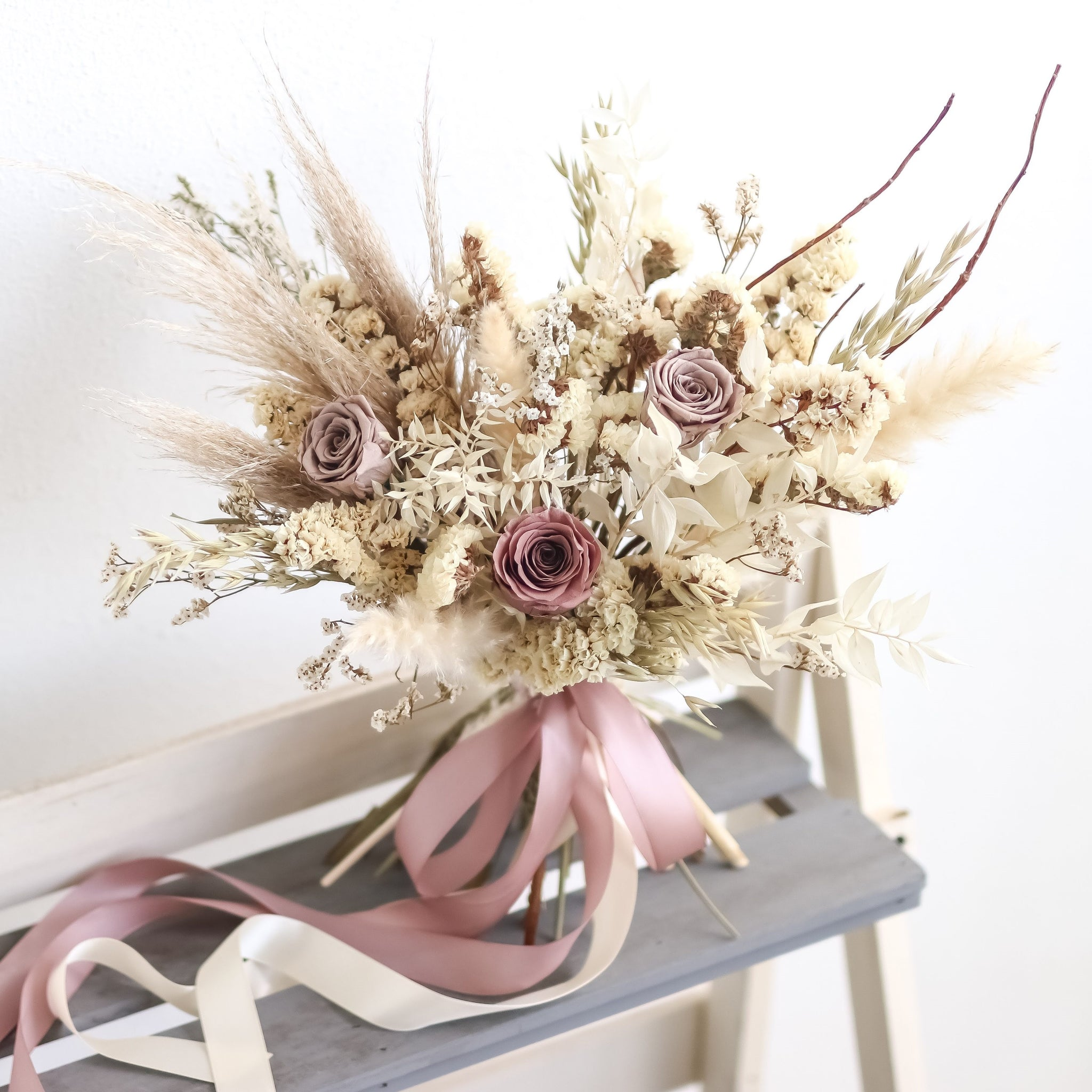 Bridal bouquet (dried), Weddings - Kesed creates