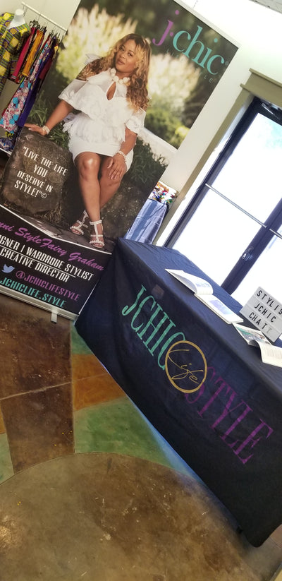 custom branded table cloth with glitter vinyl for trade shows and vendor set up