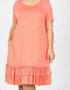SHORT SLEEVE ROUND NECK RUFFLE HEM DRESS WITH SIDE POCKETS