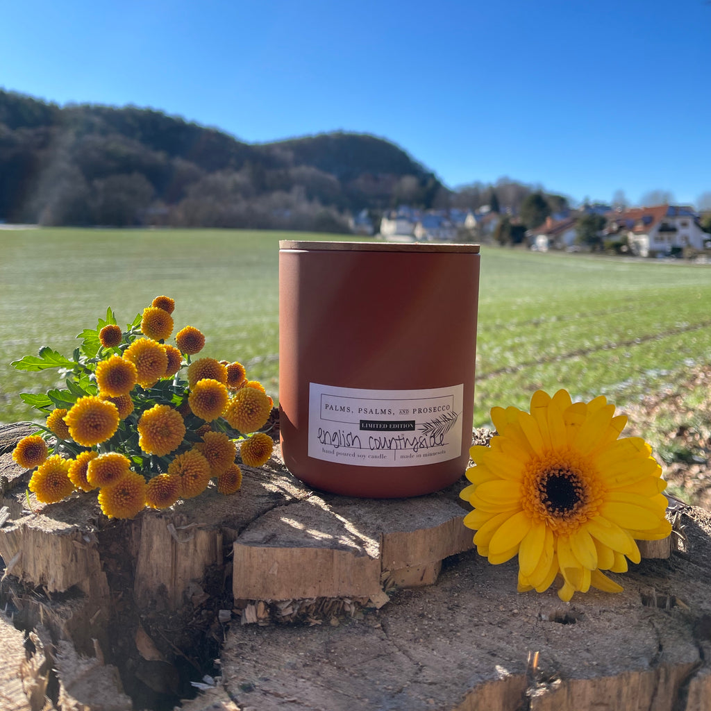 English Countryside Limited Edition Soy Wood Wick Candle