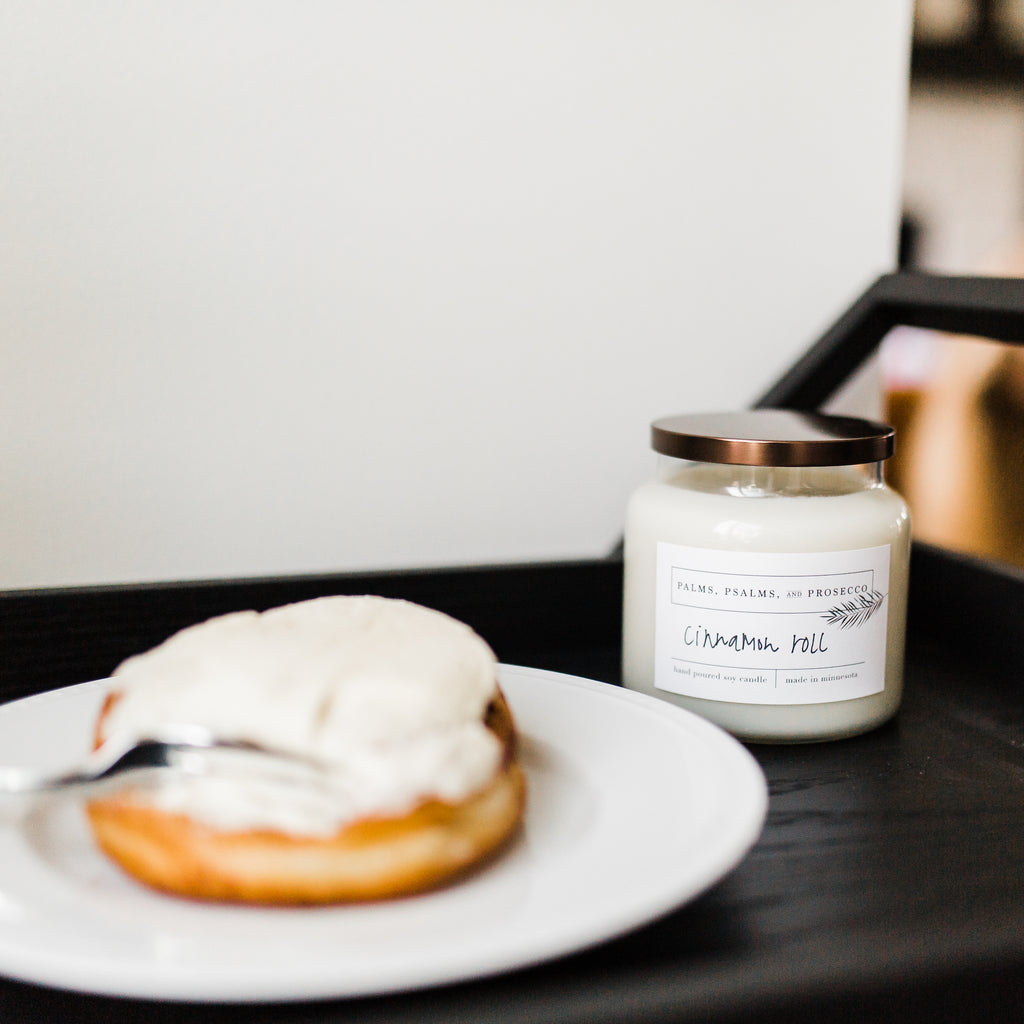 Cinnamon Roll Soy Candle