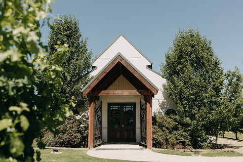 Michelle & Stephen | A Pink And Green Summer Winery Wedding | The Hello Bureau