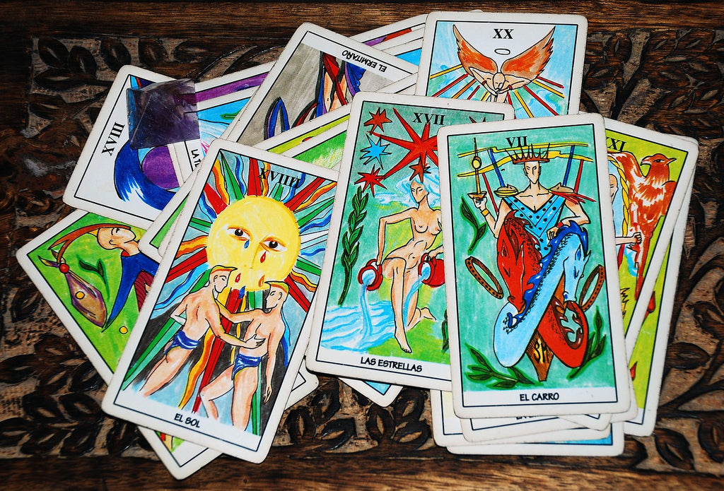 How to Read Tarot for Someone Else