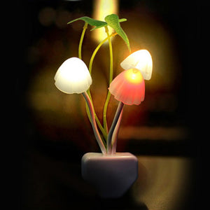 Novelty Mushroom Fungus Night Light EU & US Plug Light Sensor 220V 3 LED Colorful Mushroom Lamp Led Night Lights T0612 P0.4