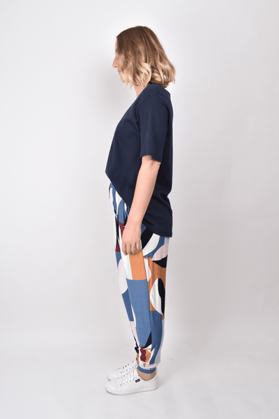 Everyday Pant in Navy Leaf