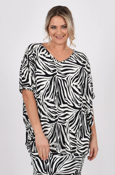 Hi Low Miracle Top in Zebra