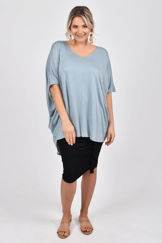 Hi Low Miracle Top in Textured Sky