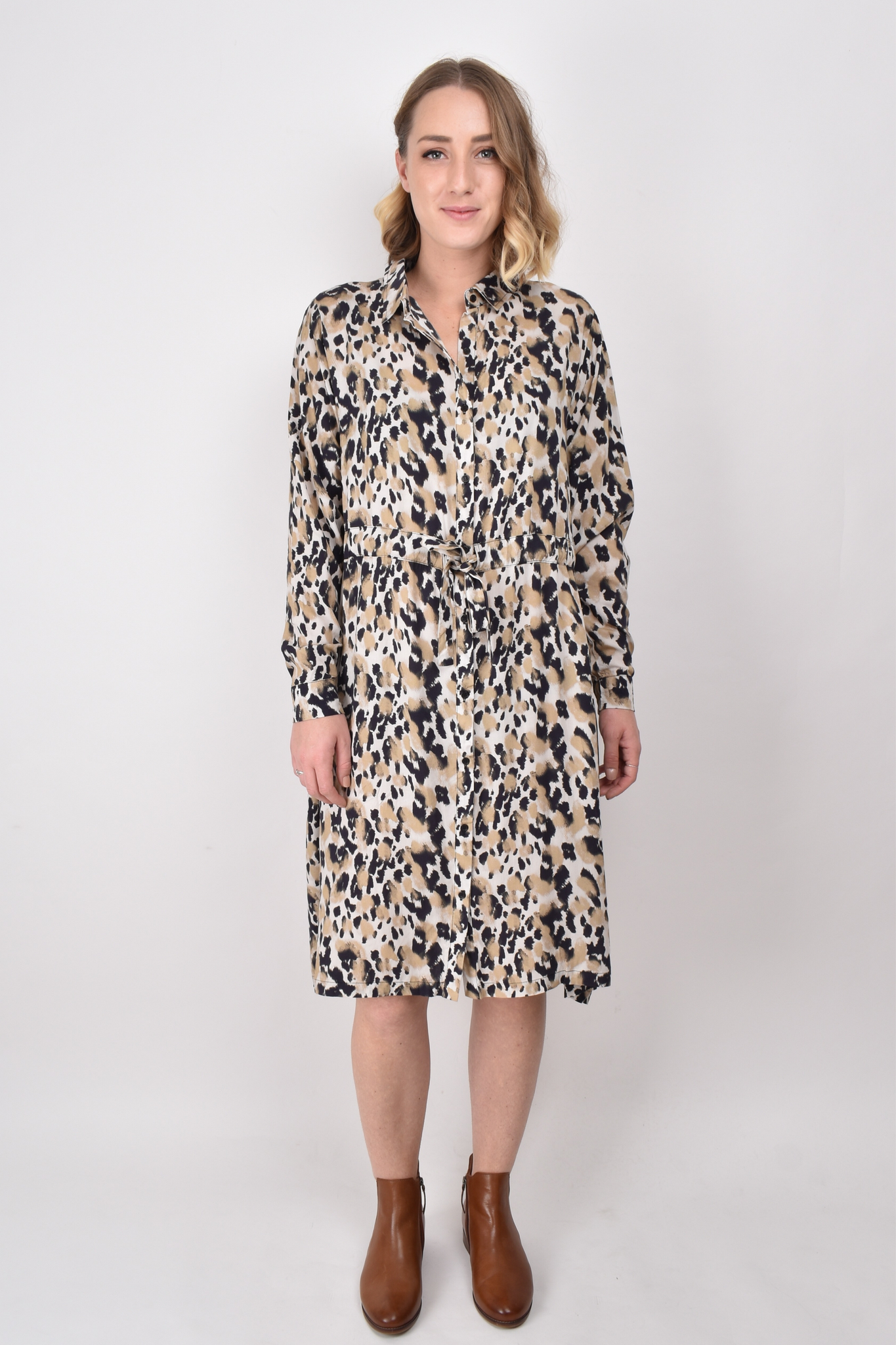 L/S Tie Shirt Dress in Jungle Leopard