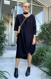 Long Sleeve A Nice Tie Dress in Black
