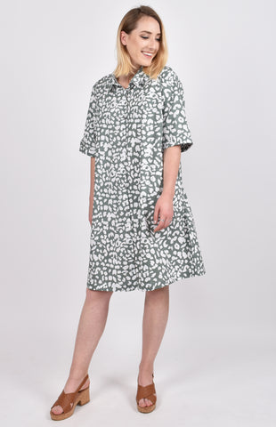 Shirt Dress in Green Leopard
