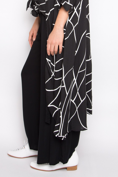 Tie Front Wide Leg Pant in Black
