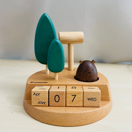 Groundhog Calendar & Card Holder (Wooden)