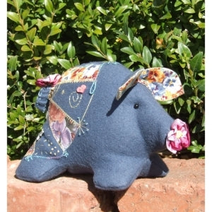 Pansy Pig Pattern