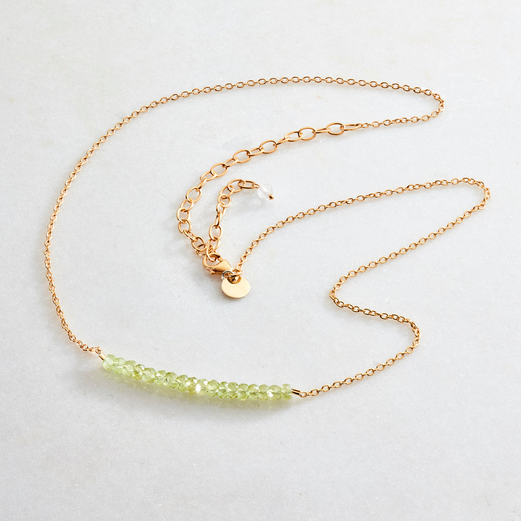 Crystal Beams Necklace - Peridot - i Love Chakra