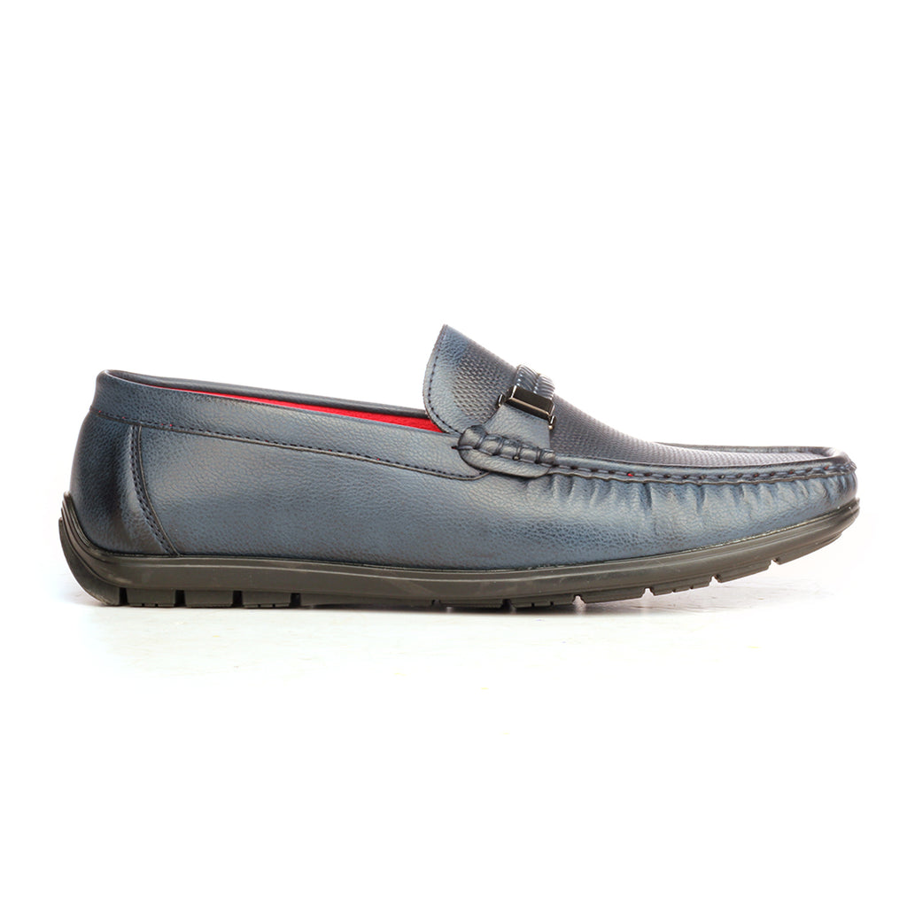 7c211f2cd09 Pavers England Solid Bit Loafers For Men In Black Colour