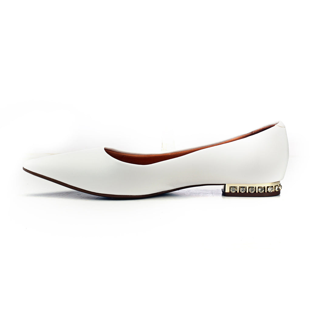 Bold & Classy Ballerinas - White - Pumps - Pavers England