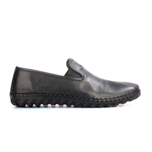 Textured split toe leather loafers for men - Black - Moccasins - Pavers England