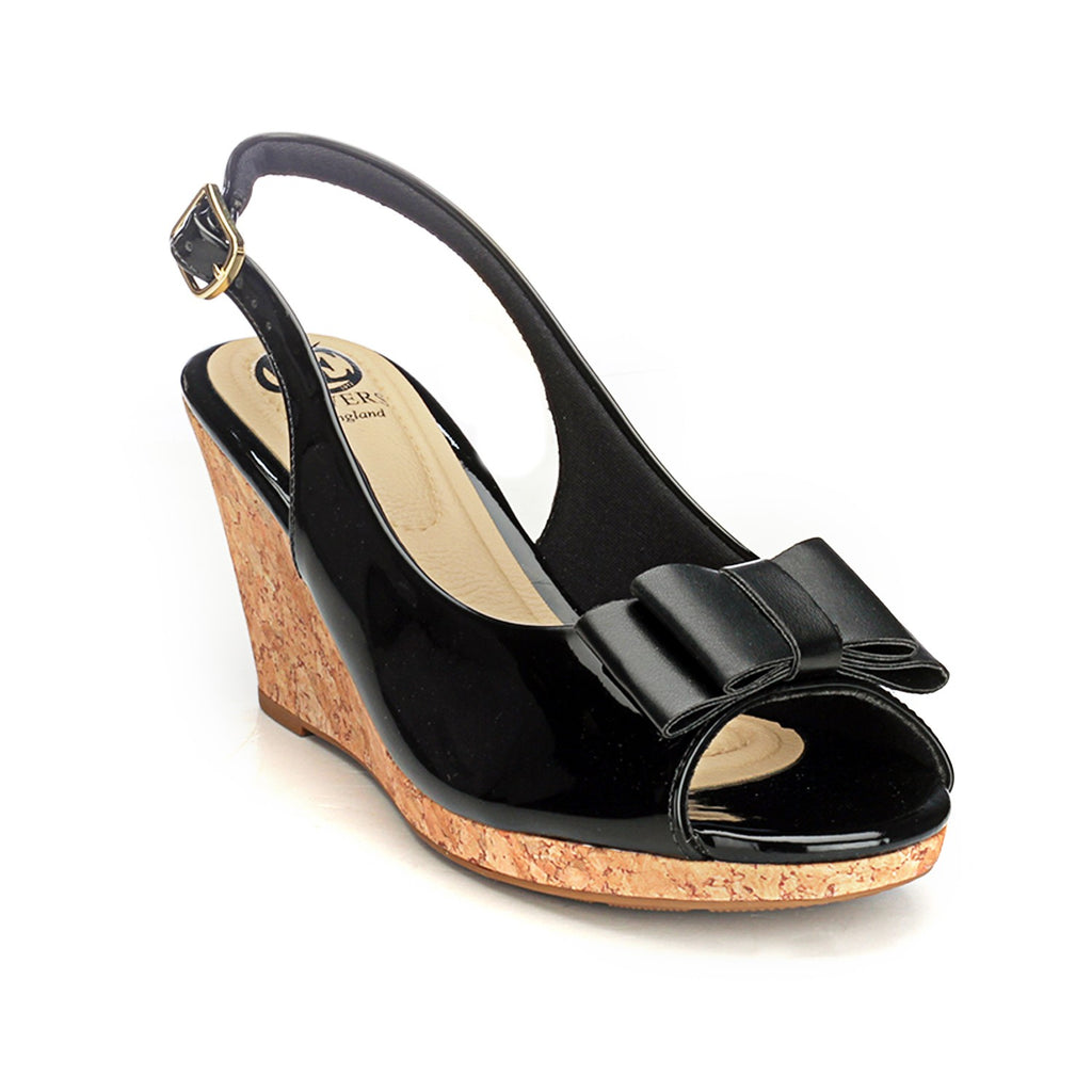 900981b494b5 Pavers England Synthetic Wedge Sandals for Women - Autumn Collection
