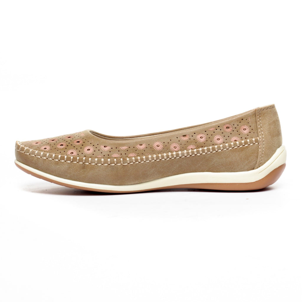 Full Shoe Ballerinas for Women-Beige - Full Shoes - Pavers England