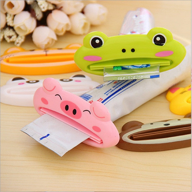 1pc Animal Easy Toothpaste Dispenser Plastic Tooth Paste