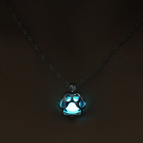 Glowing Lights Cat Paw Necklace