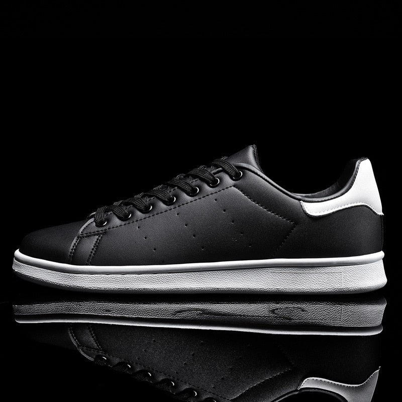 Classic Style Leisure Men Sneakers Fashion