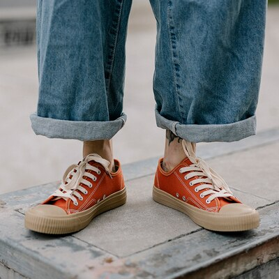 Spring Men Canvas Shoes Vulcanized Casual Shoes Male Orange Sneakers Solid Color Lace Up Skateboard Shoe 39-43 All Match Fashion