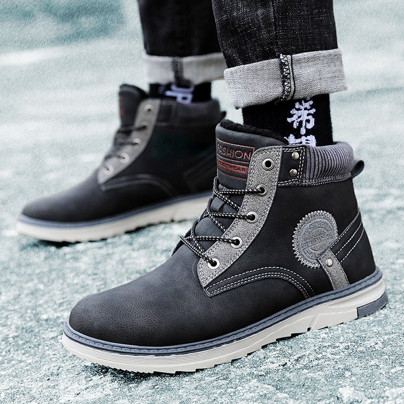 Winter Men Boots Waterproof Warm Fur Snow Boots Men Comfortable Work Casual Shoes Military Combat Ankle Boots Outdoor Hiking