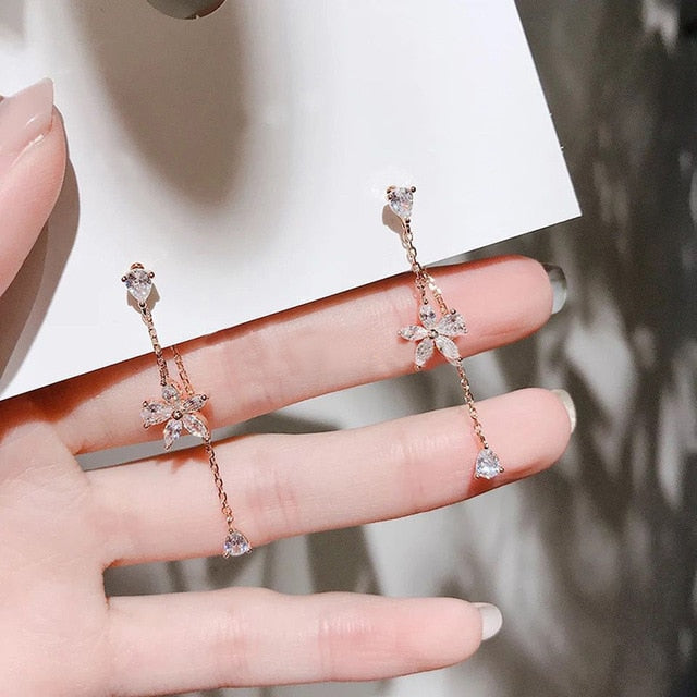 "Jewelry which Park Min Young wear in ""What's wrong with secretary Kim"" Film"