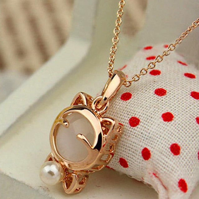 Lucky Cat Bohemian Cat Eye Stone Necklace