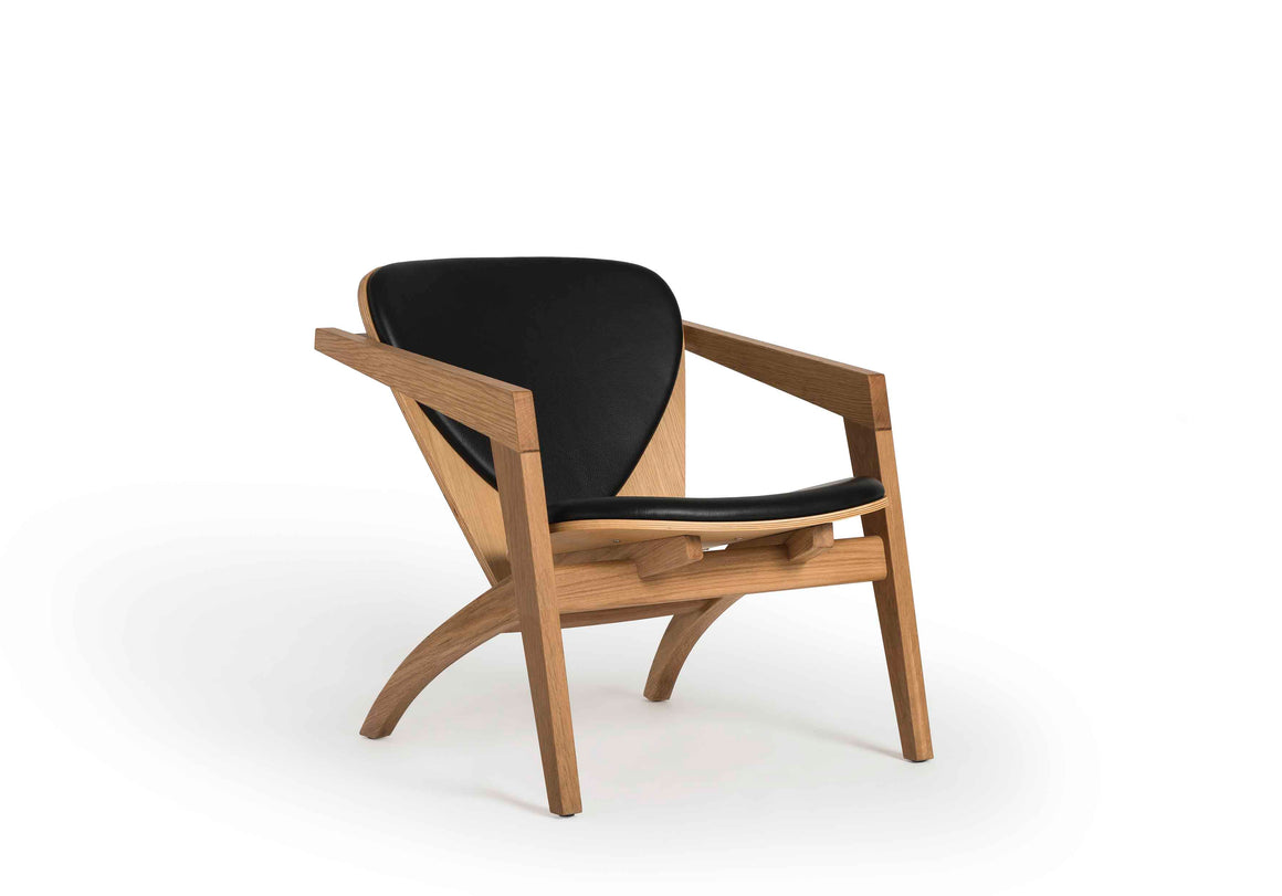 CH9500 Lounge Chair