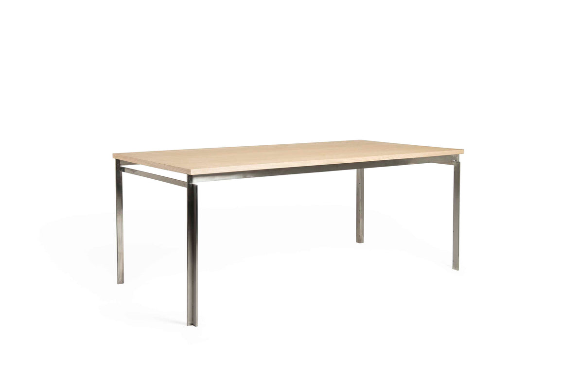 DT9504 Table