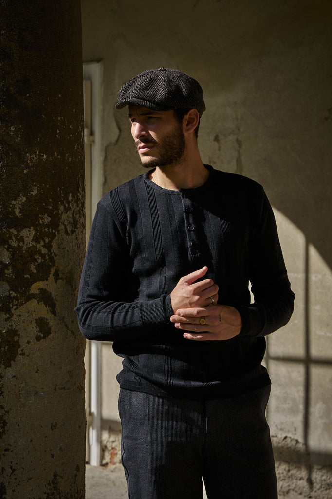 Le Bataillon Merino Henley Black Stripes