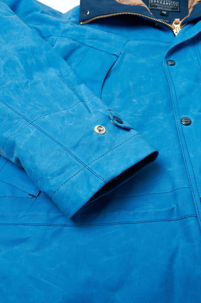 Manifattura Ceccarelli Waxed Mountain Jacket Wool Padded Light Blue