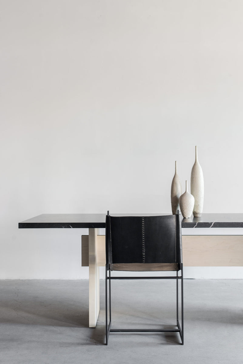 Marquina Dining Table