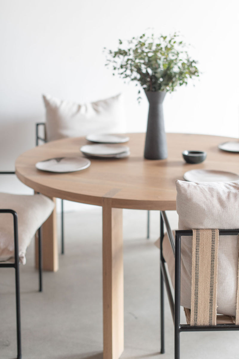 Eve Dining Table