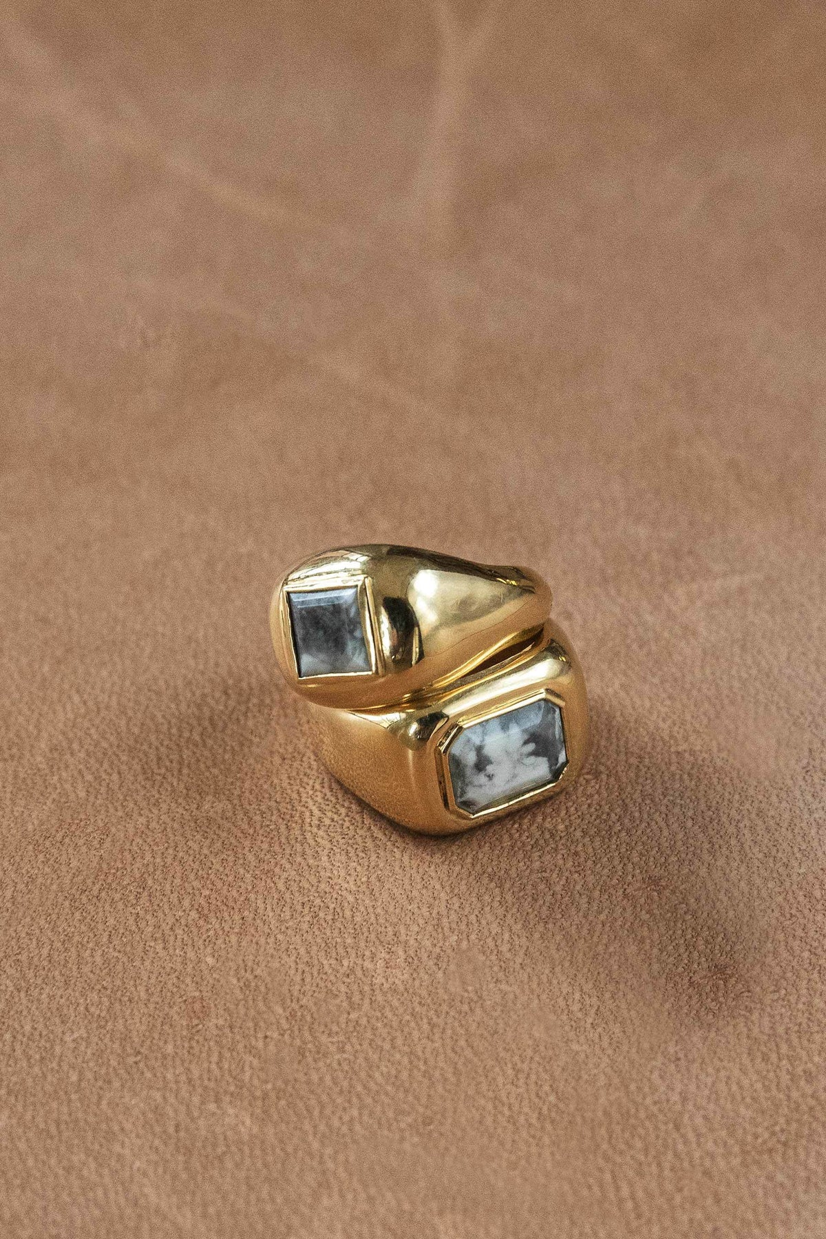 Medium Ring 18k Gold